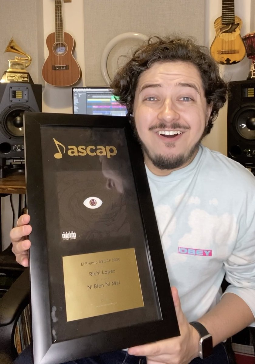 """Thanks you ASCAP & ASCAP Latino for this beautiful plaque. I would like to thank @sanbenito, RSM Publishing, Neon 16 & Tainy for giving me the opportunity to collaborate on this song"" Congrats to @_richilopez on receiving his first #ElPremioASCAP #ASCAPAwards https://t.co/MgAWecxnUm"