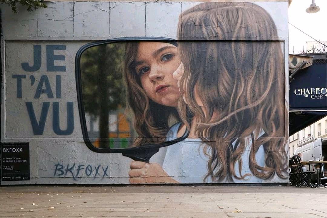 ... maybe the mirror will tell you who you are... or maybe it will tell you who you don't want to be. Art by BKFoxx #streetart #art #graffiti #mural #urbanart #mirror #Beauty #human #truepic.twitter.com/mrN85Rjz1X