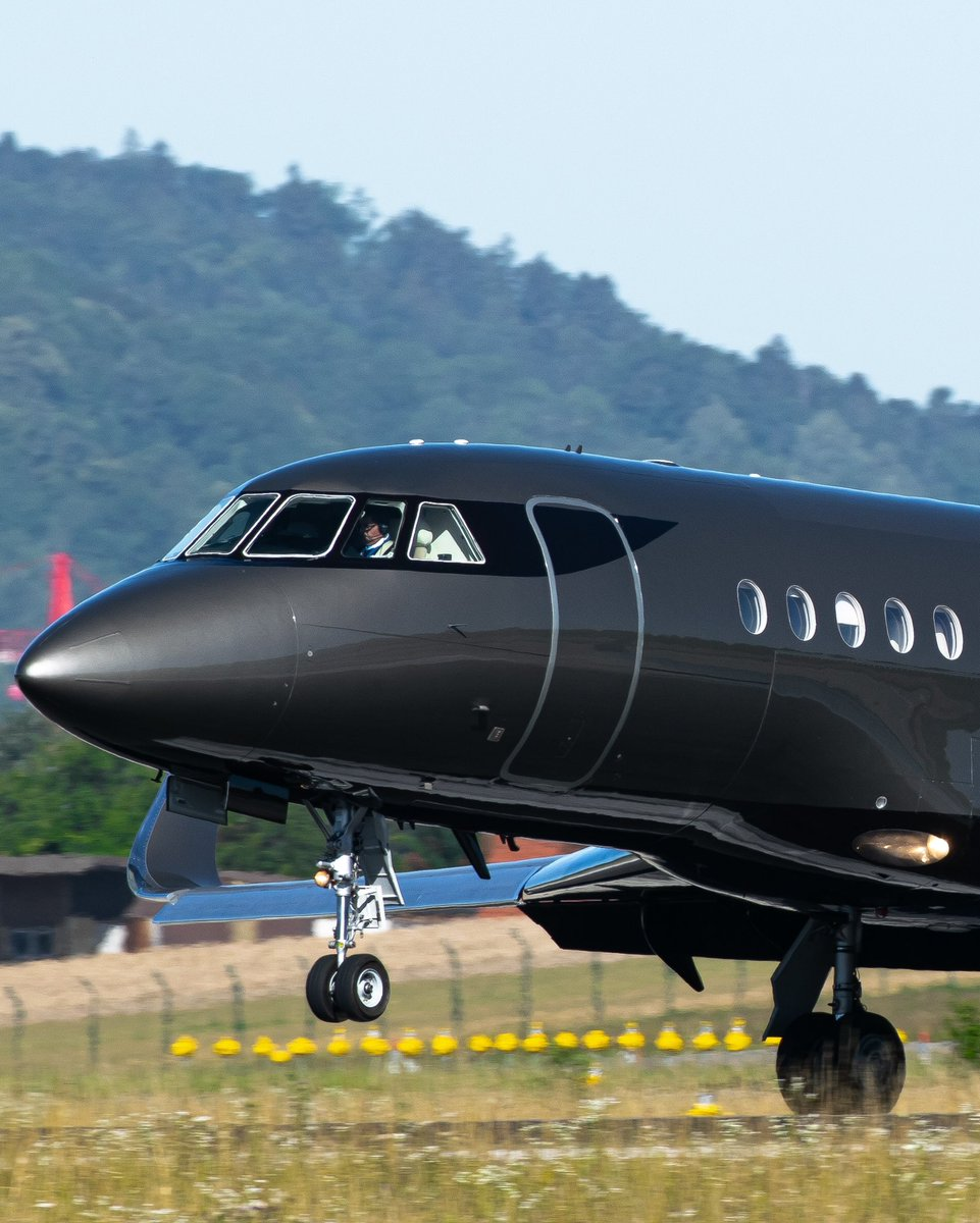#BusinessJets @zrhphoto ® we all love black BusinessJets #Dassault #Falcon900 #F900 . #instagramaviation  #megaplane #BusinessAviation #FlyPrivate #PrivateJet  #CharterJet #BizJet  #Flight #Luxury #Travel #EmptyLeg https://t.co/BfkBFTm5Rl