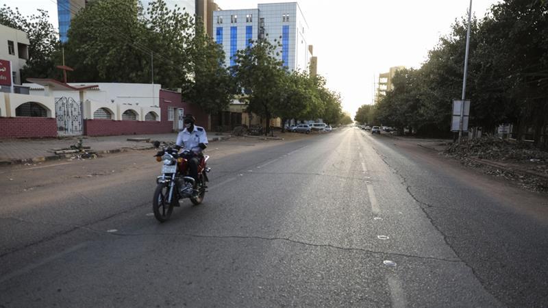 Sudan begins easing #coronavirus lockdown measures https://t.co/uxinDM8w49 https://t.co/jDEUk0MAK0