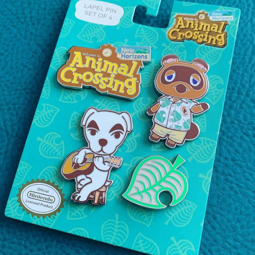 Mes nouveaux pins #AnimalCrossing trop cool  .  follow @offblink  . #ACNH #animalcrossingnewhorizons #nintendo #pin #pins #games #gaming #videogames #videogamesaddict #instagaming #instagamer #gamersofinstagram #nintendoswitch #switch #tomnook #keke https://instagr.am/p/CCZIsFxoTwP/pic.twitter.com/LuIPffbHvI