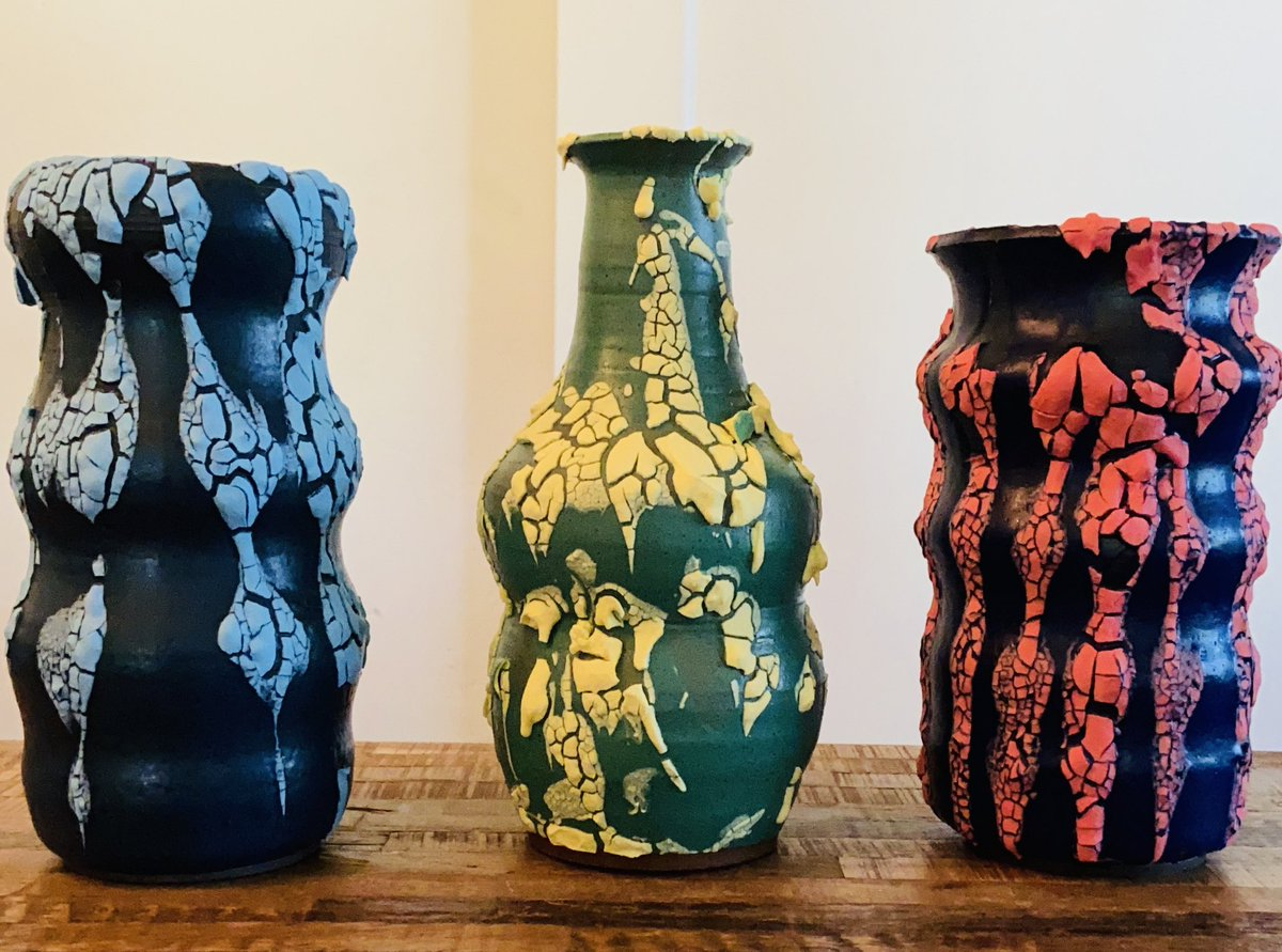 I made these vases: