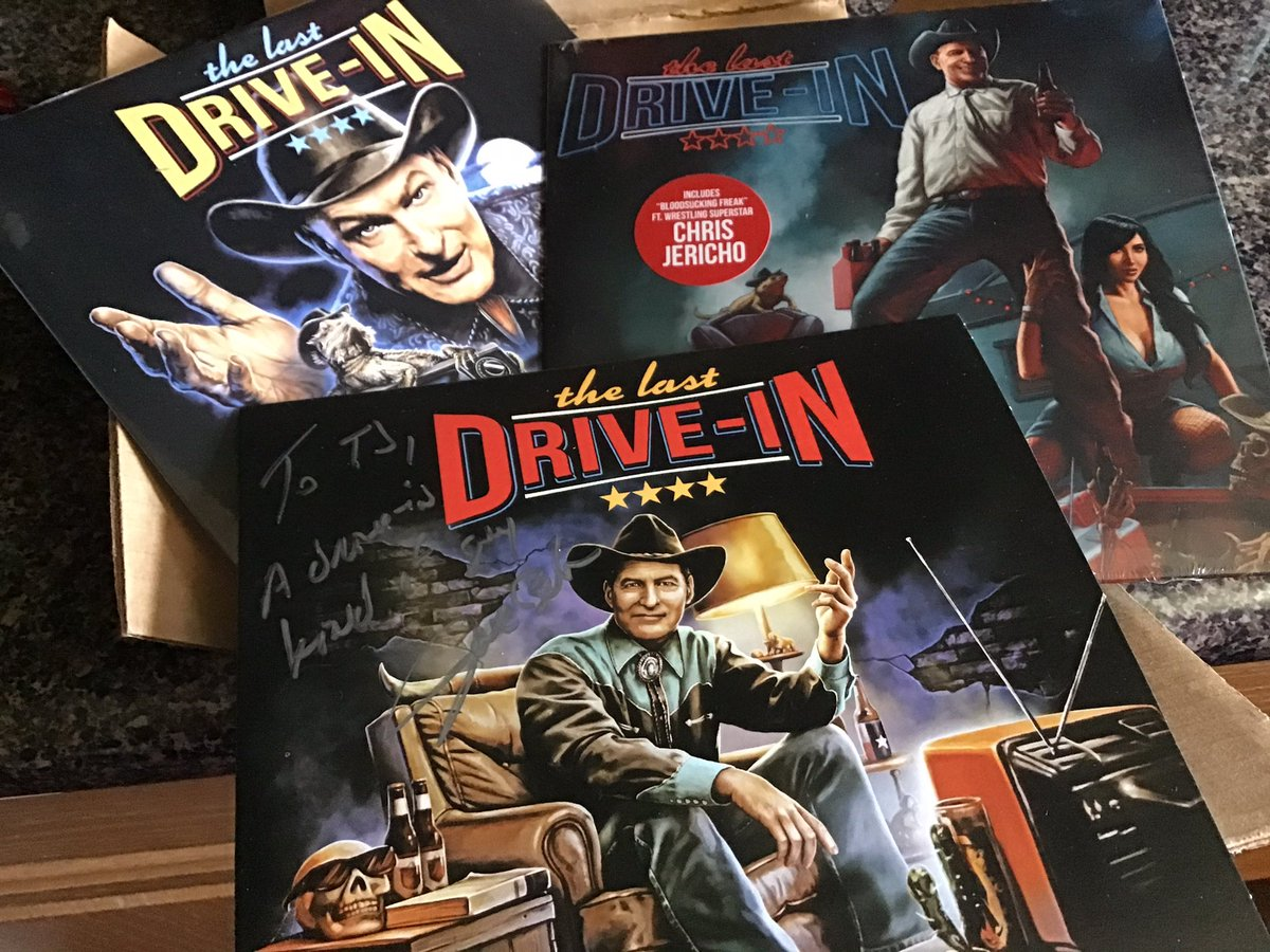 Mail day! The trilogy is now complete! #TheLastDriveIn @STSPhonoCo @badtechno @therealjoebob @kinky_horror https://t.co/zuE5svEORW