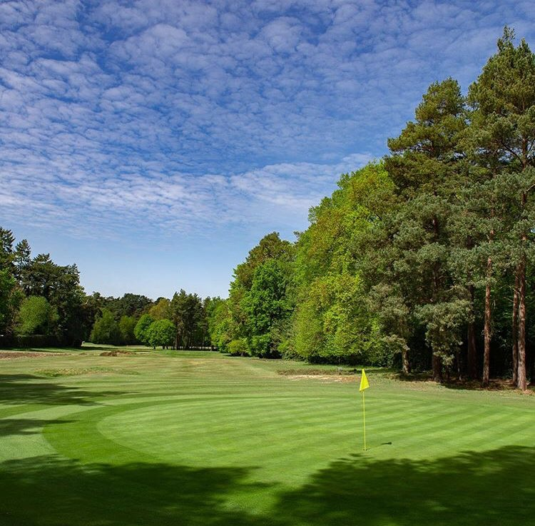 Great couple of days playing @GolfShgc ....it really is a fine test of golfing skills in this age of long hitting. The team have done an amazing job in a short period of time and you'll be guaranteed a great golfing experience when you visit. 👏🏼👏🏼👏🏼