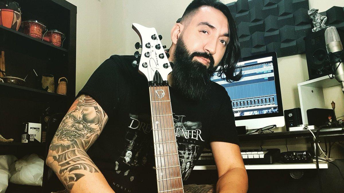 Ready to Record!!!  @caravellus #producer #guitarist  #arranger #composer #peruzzoguitars #instamusic #instaguitar #guitarshred #progressive #progmetal  #heavymetal #studio #lumber #beard… https://www.instagram.com/p/CCZLnyzAgYg/?igshid=n2nzv70dydm6…pic.twitter.com/hDaaUJdNxl