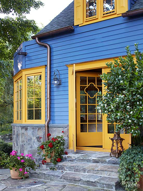 Adding a new front door can do a lot to improve the look of your house. #homeimprovement #renovate  http://cpix.me/a/100532674 pic.twitter.com/j4yWDb9WEY