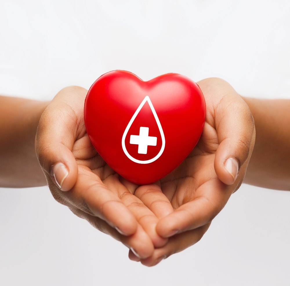 Bring one item of clothing to donate...then, roll up your sleeve and donate one pint of lifesaving blood! Join us and our friends at @RedCrossSC next Tuesday, July 14, for our blood drive in #Beaufort, SC. Details ➡️ bit.ly/2ZTlzY7