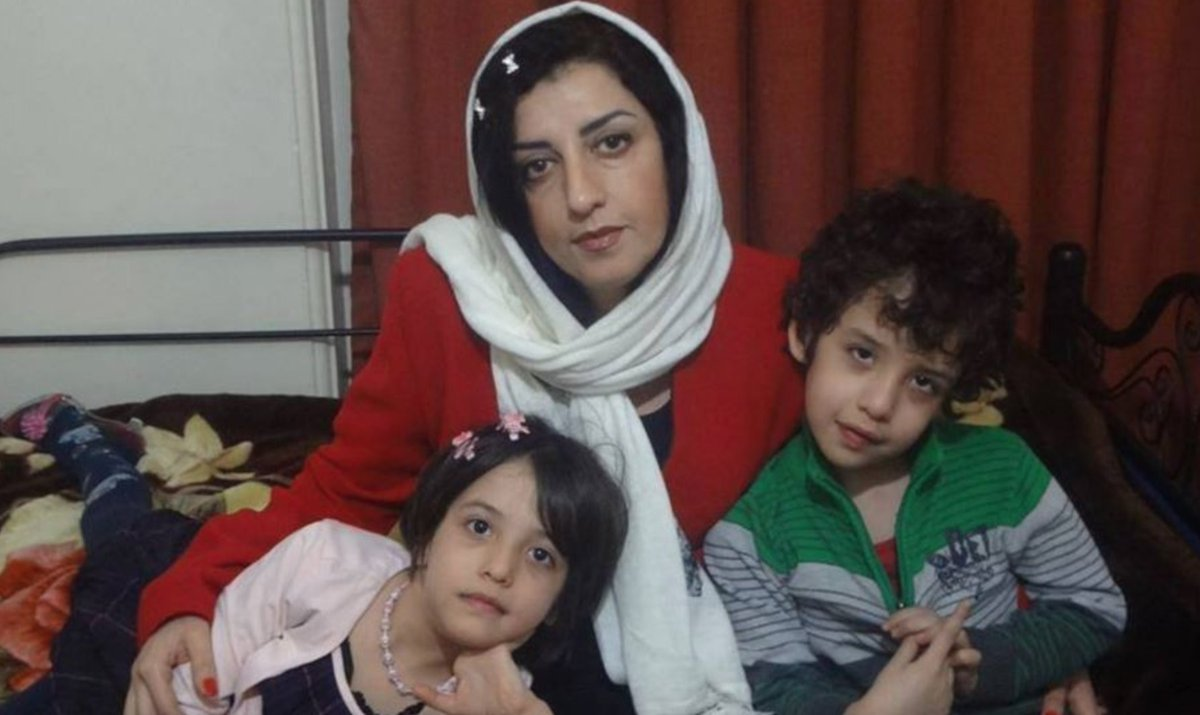 """Abdorrahman Boroumand Center a Twitter: """"From Narges Mohammadi's husband  @RahmaniTaghi: """"The responsibility is with you, Mr. Raisi. In Zanjan Prison,  out of 30 people, 15 have come down with a mysterious illness…corona"""