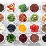 Image for the Tweet beginning: 10 superfoods to boost a