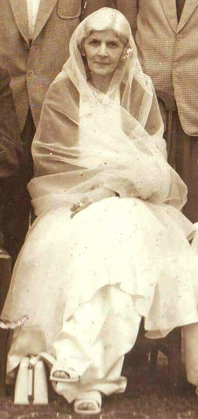 53rd death anniversary of Mohtrma Fatima #Jinnah, the mother of the nation. (9th July 1967) May Allah bless her soul rest in peace, Ameen! #Pakistan https://t.co/tRYu6kbpEL