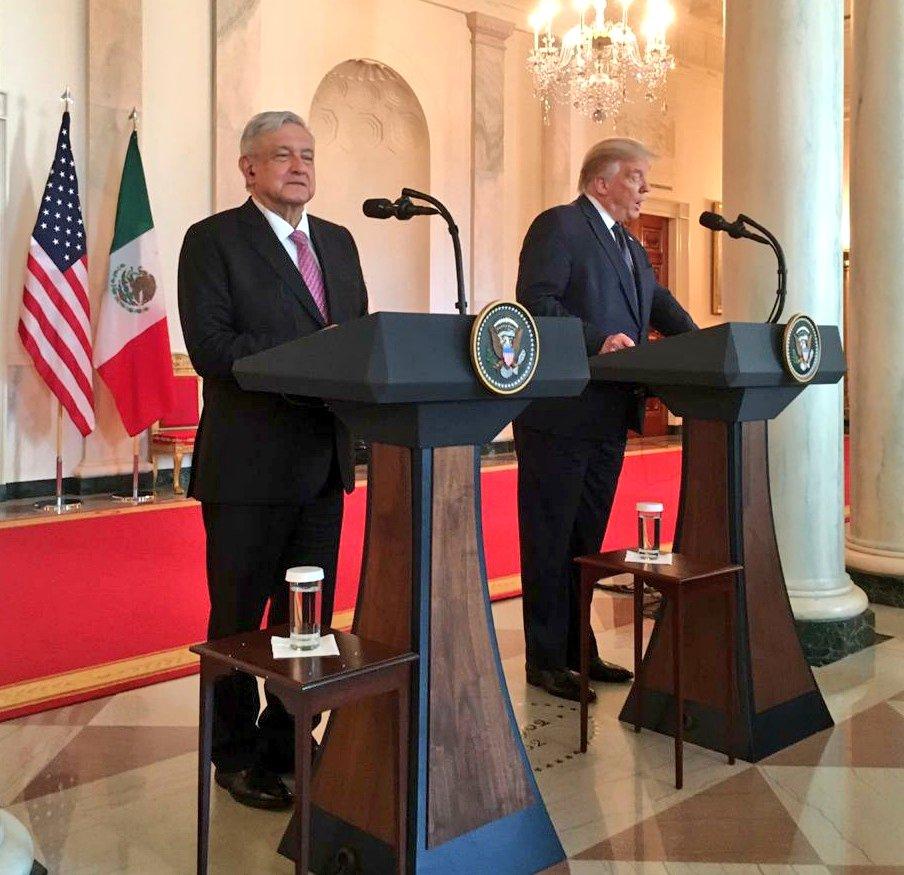 Los Presidentes inician su mensaje a los medios. Un gran día de trabajo para las delegaciones de Mexico y los Estados Unidos. @lopezobrador_ @POTUS @realDonaldTrump 🇲🇽🇺🇸 #VisitaWashington #InicioTMEC