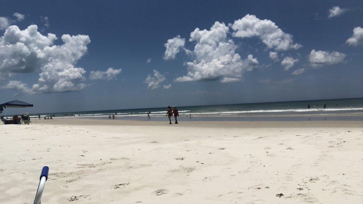 The beach yesterday was amazing 🏖🌊☀️ #Sunkissed #fun #beach