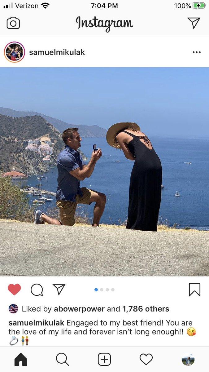 awww Sam got engaged! congrats Sam!!
