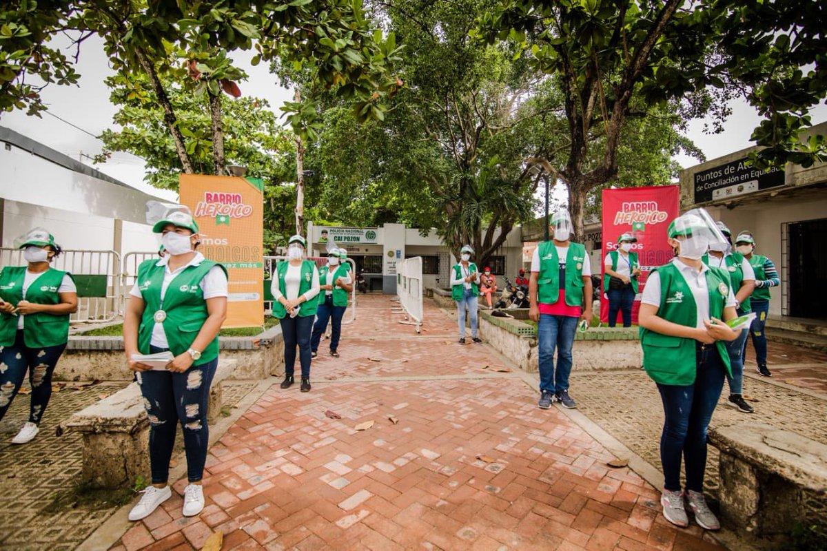 """#Cartagena En el marco del Programa de Contención Social """"Barrio Heroico"""", la @AlcaldiaCTG y la @F_Santo_Domingo realizaron pedagogía social para la prevención de la Covid-19 en los barrios de Cartagena https://revistametro.co/2020/07/08/barrio-heroico-avanza-de-la-mano-con-aliados-y-comunidades/…pic.twitter.com/dpnhDrFRqt"""
