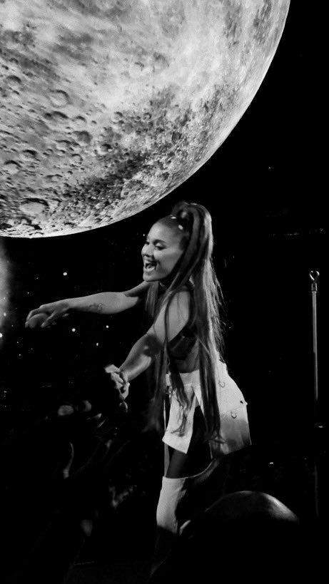 u mean the most to us :) @ArianaGrande <br>http://pic.twitter.com/Hio8eSKYp1