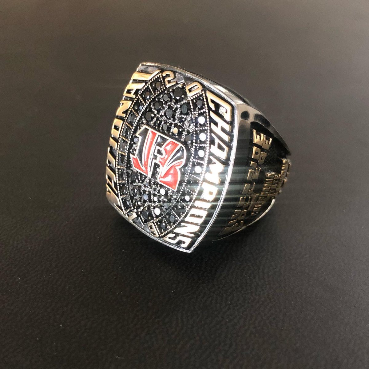 Did we mention that @RCCTigerFB won the 2019 National Title? RINGS ARE IN 💎 • #TheCommunitysCollege https://t.co/6JFl5D8WRx