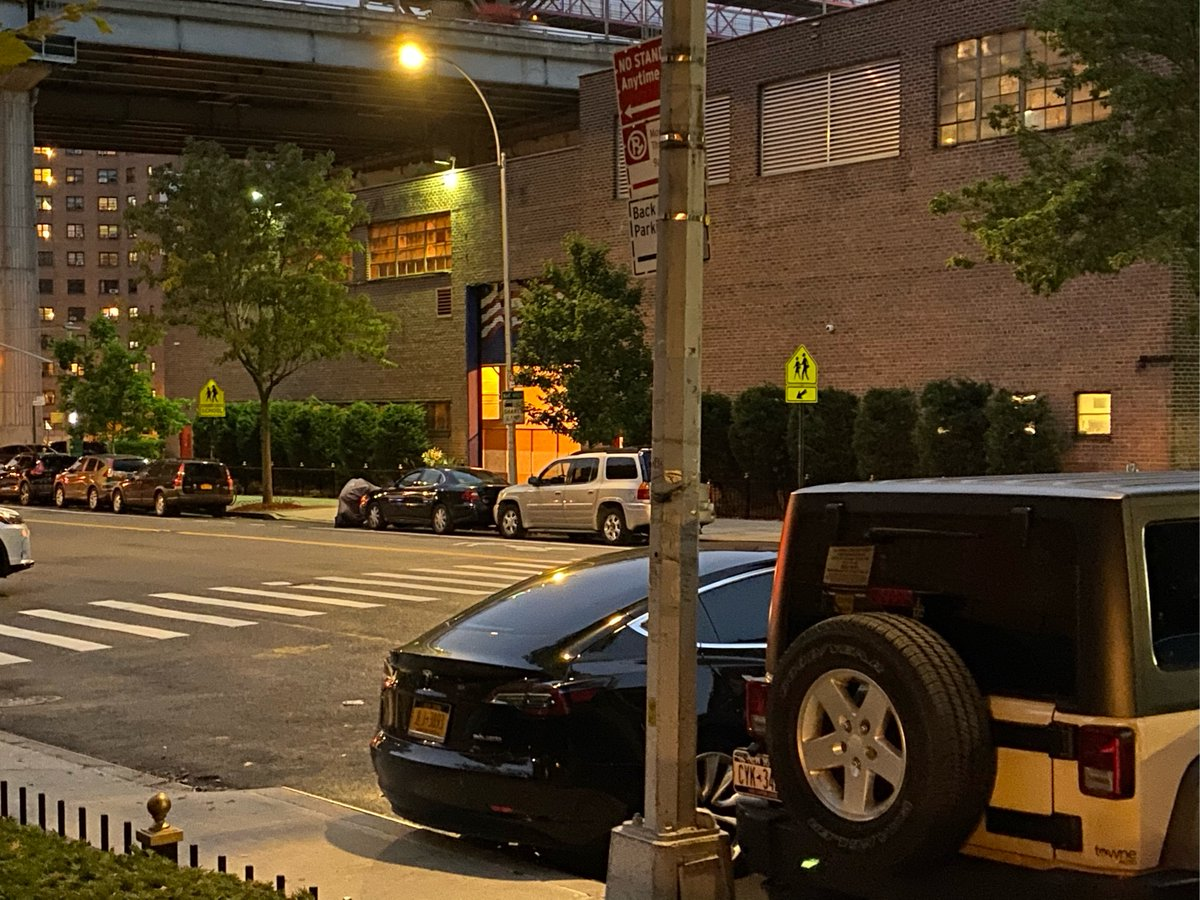 Tesla Model 3 driver JLJ3893 parked illegally near 404 Broome St on July 8. This is in Manhattan Community Board 02 & #NYPD5. #VisionZero