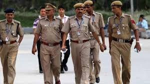 86% of the state police consist of constables who reach the post of just 'head constable' by the time of their retirement leading to demotivation #Police  #MuslimLivesMatter #DalitLivesMatter #AllLivesMattter #thursdayvibes  …https://indiaandglobalsocialissues.blogspot.com/2020/07/panacea-for-police.html…pic.twitter.com/iTRBO65a8l