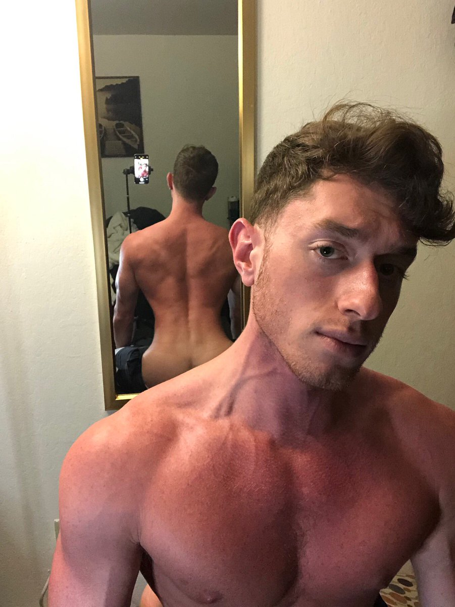 Kinda felt good abo this one. What do you think?  https://onlyfans.com/jakeklerin   #model #veins #hair #pose #softcore #porn #male #masculine #man #himeros #mirror #selfie pic.twitter.com/vRTzTA90GY