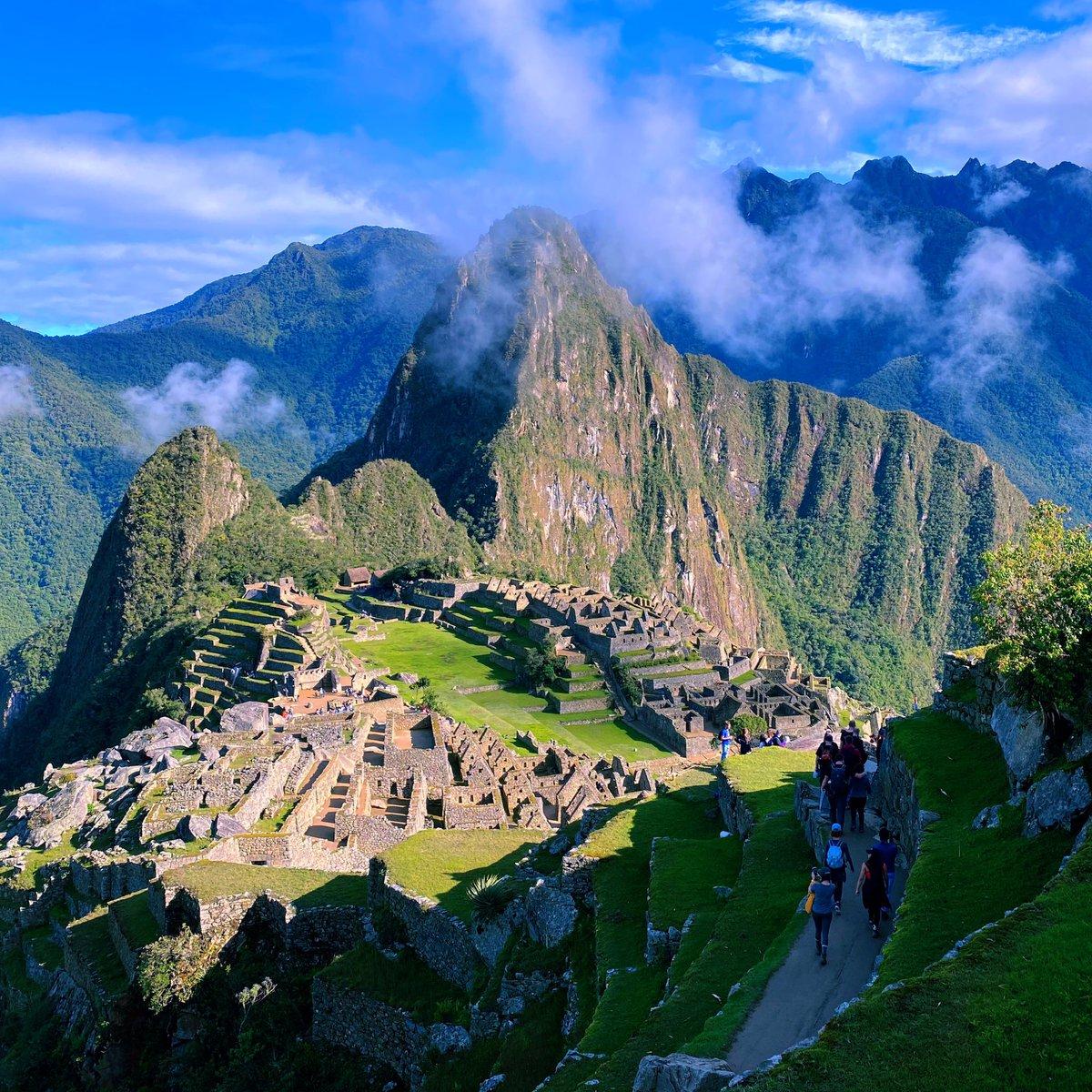 New Seven Wonders of the World 🌎 - #Machupicchu #travelphotography #naturephotography #trip #travelblogger #naturelovers #ctperu #nature_perfection #trekking #hike #cusco #wonderlust #america #mountains #explore #love #lonelyplanet #natgeo #discovery #lifestyle #stayhome #ruins https://t.co/1PDMuZG3Lo