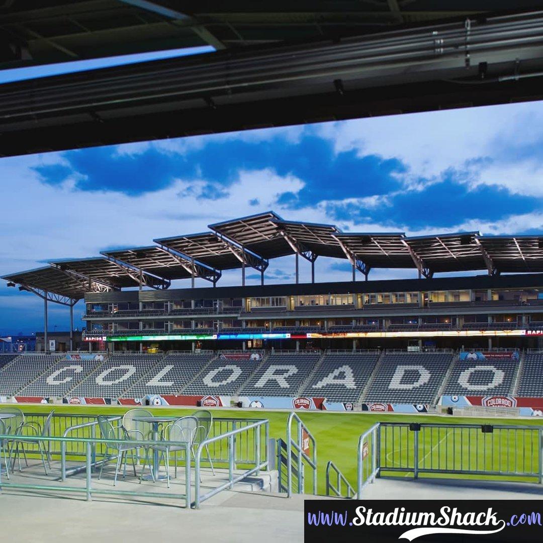 Dick's Sporting Goods Park in Commerce City, Colorado 🇺🇸. Home of the Colorado Rapids ⚽️ Capacity: 18,086. ********** #coloradorapids #rapids #mls #dickssportinggoodspark #footballgrounds #stadiums #groundhopper #footballculture #soccerfan #soccer⚽ #soccerlove https://t.co/TeVLFQ3CCR