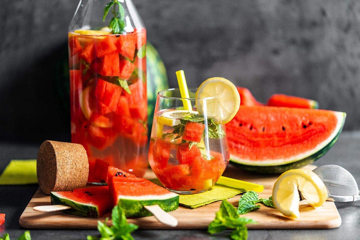 NEW PHOTO by Viktor Hanacek! Melon Lemonade and Watermelon Popsicles - free download: https://picjumbo.com/melon-lemonade-and-watermelon-popsicles/… #freephotos (hit Retweet if you like it!) pic.twitter.com/o2aawdJR78