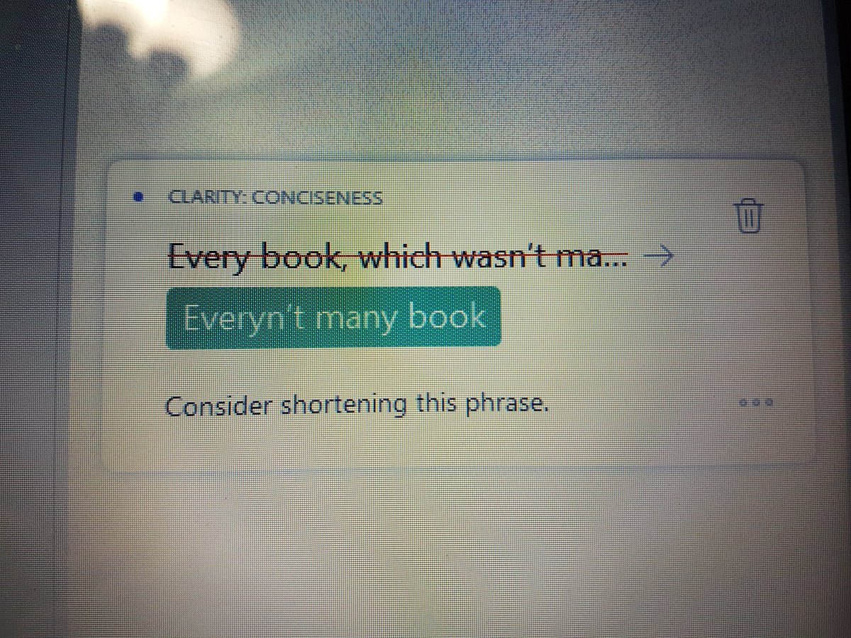 Grammarly, what in sweet baby jeebus is this? https://t.co/lXGfEr0aZ3