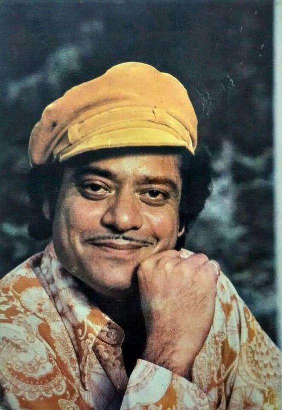 """""""Paise? Aise kaise paise maang rahe ho!""""  #Jagdeep ji's THIS line from Sholay, is one of his many, that I use even today, in his inimitable style!   King of COMIC TIMING & VOICE MODULATION!   RIP Sir! 🙇♂️  Deepest condolences to Javed-Naved & fam!  @jaavedjaaferi @NavedJafri_BOO"""