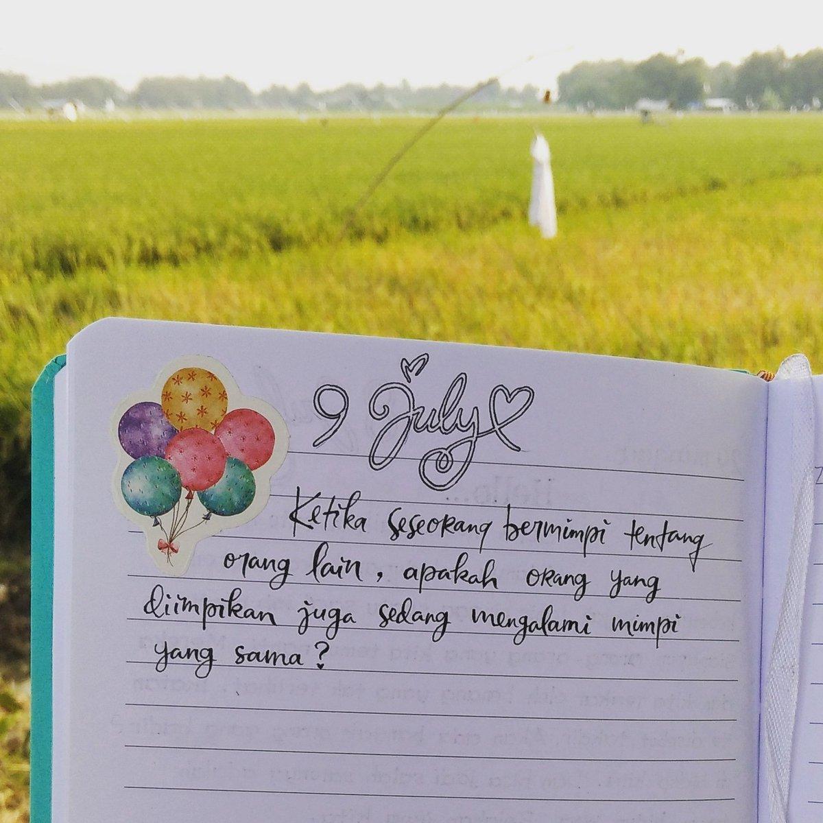#stopbukubajakan #NKCTHI #poempm #doodle #illustration #bagijurus #loverstopia #lfl #lightroom #artoftheday #katakerja #planneraddictindonesia #typography #dhkandthesweetpaper #handlettering #tulisantangan #dreamcatcher #baitsemusim #bookstagramindonesia #bulletjournal #patihitspic.twitter.com/26woGolRPi
