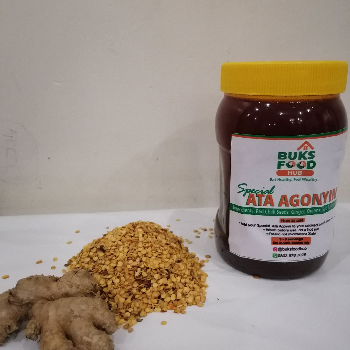 OUR SPECIAL HOME MADE EWA AGANYIN SAUCE ⚪HAS A LONG  SHELF LIFE.  ⚪DONT COOK AGAIN ⚪5 TO 8 SERVINGS  ⚪DONT PUT JAR IN THE MICROWAVE 🚫  ALL YOU NEED  DO IS ADD THE SAUCE TO YOUR COOKED  BEANS... THAT'S AMAZING RIGHT?  THIS JAR IS ₦2,000 NAIRA ONLY #FOODIE #foodlovers