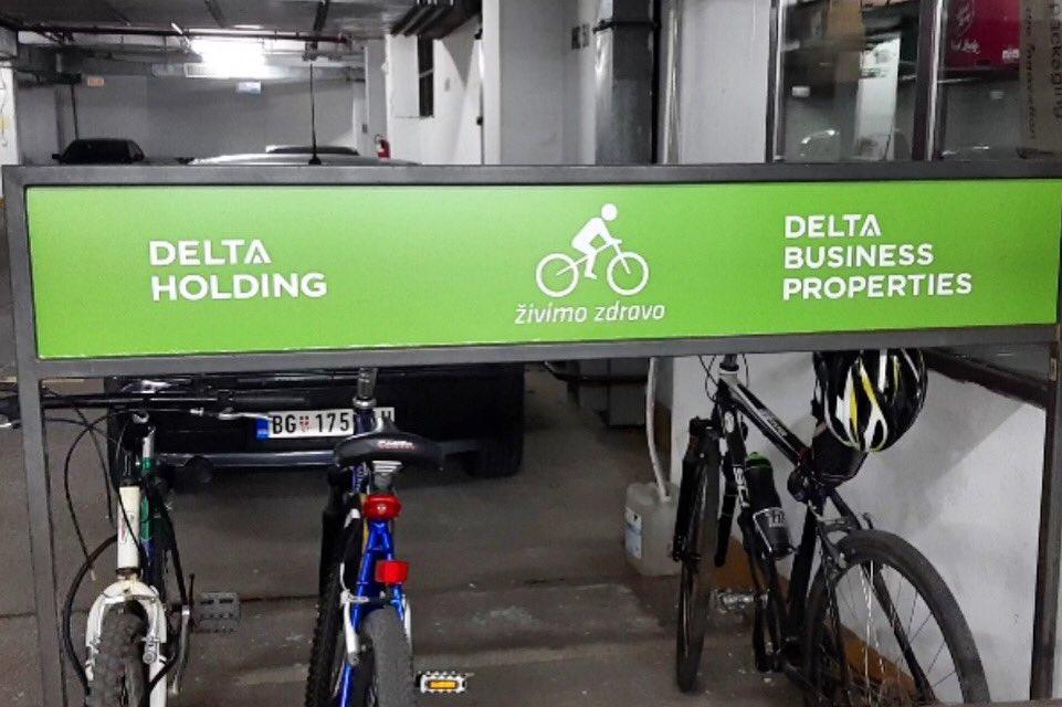 Nasa vrata su vam otvorena, i ako na posao dolazite biciklom ili trotinetom 🛴🚲 #HealthyLife #office #officelife https://t.co/Psjz5tPAxI