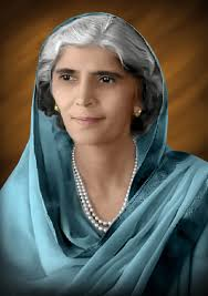 #Fatima #Jinnah, widely known as #MāderEMillat, was a #Pakistani politician, dental surgeon, stateswoman, and one of the leading founders of #Pakistan. She was the younger sister of #QuaidEAzam #MuhammadAliJinnah. #FatimaJinnah https://t.co/vIOhvq7tax