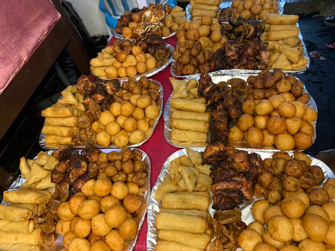 U can place ur order to now and we are going too deliver to you in the next few hours contact us on WhatsApp or DM or call on 08083687028  #lovehoney #love  #lagos #fooddelivery  #Nigeria #OrderLocal #SmallBusiness #smallchops #bewonderful #ajimobi #PremierLeague #bewonderful https://t.co/fci6mHtpzy