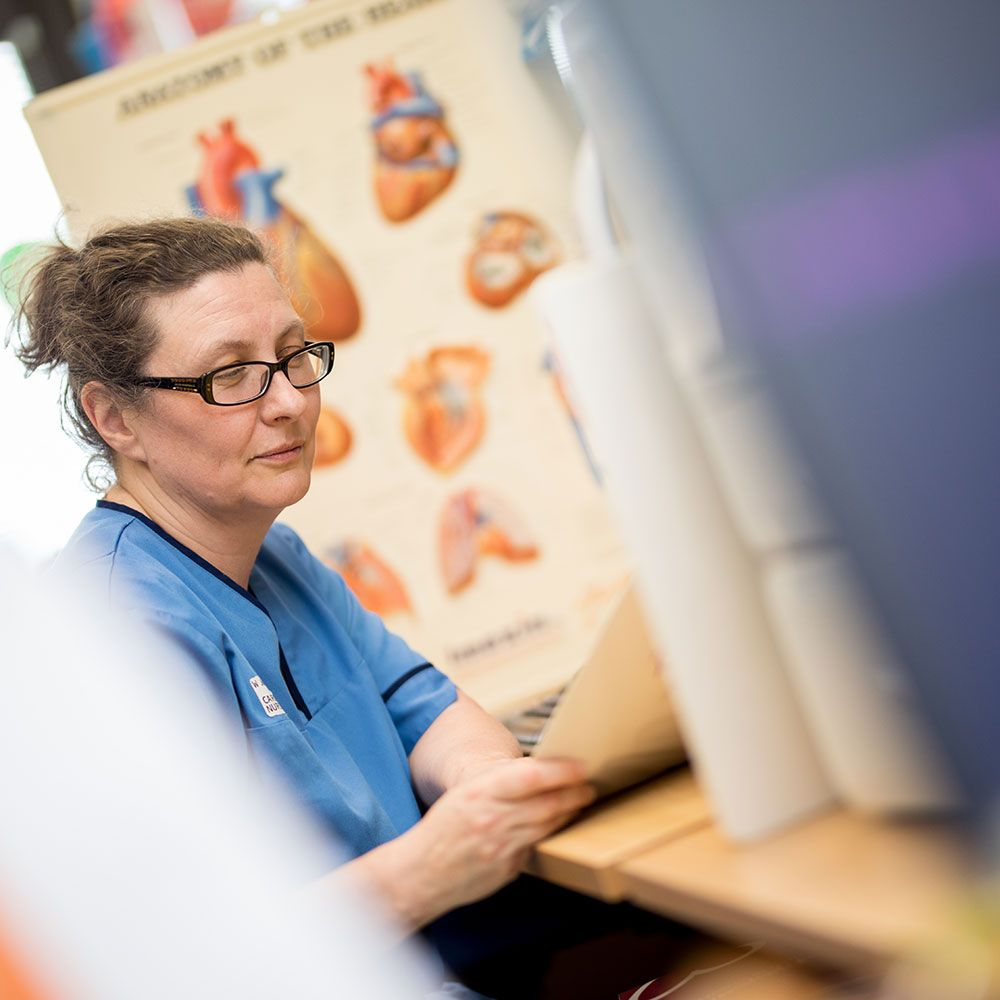 If you are a registered or licensed nurse, midwife or other health professional looking to extend your educational qualifications we can offer you a range of opportunities, from standalone modules to gaining a Bachelor of Science degree 👉 https://t.co/ZZIjSmypZv @UoDHealthSci https://t.co/gITbYTLZsg