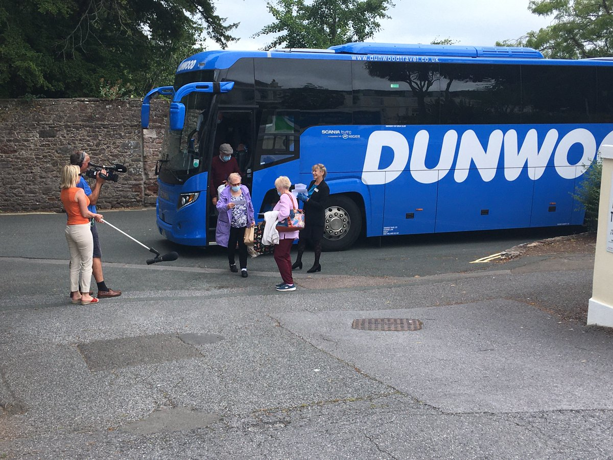 Travelling on a trial coach tour, the first to operate since lockdown eased, and the BBC is at TLH Leisure Resort in Torquay to welcome the coach. @DunwoodTravelUK @tlhhotels @CPT_UK @benross01 @GroupLeisure @GTO_magazine @StuartRender @SilverTravelAd @CPTTomBH @coachtourismUK https://t.co/AvBXo6mXiS
