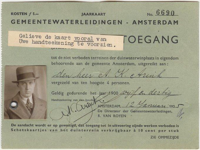 Al bijna 100 jaar lang kan je lekker struinen, hardlopen, vogels kijken en spelen in de #AmsterdamseWaterleidingduinen! Deze prachtige AWD-jaarkaart stamt uit 1935. Vroeger was niet álles beter, maar toen mocht je tenminste nog wel met een hoedje op de foto 🤠📷   #tb #throwback