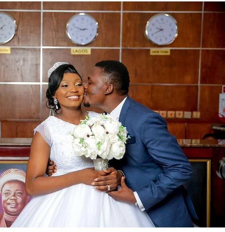 Throwback Thursday, wonderful moments made at mahogany hotel and suites,we wish this amazing couple together forever . #ThrowbackThursday  #weddingmotivation #weddingphotographypic.twitter.com/oeSL6rTQiv