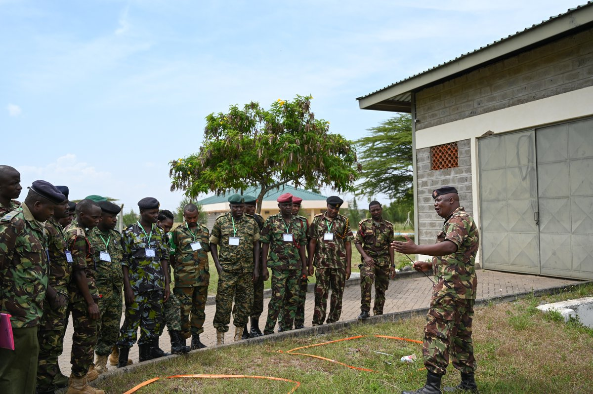 The 🇬🇧 & 🇰🇪 are working together to tackle the threat of terrorism by strengthening the Counter-IED capability of @amisomsomalia  &🚔personnel. Next month socially-distanced C-IED training returns to the Humanitarian Peace Support School delivered by @kdfinfo & @BPST_A. #UKCSSF https://t.co/e9gVHDvc6Z