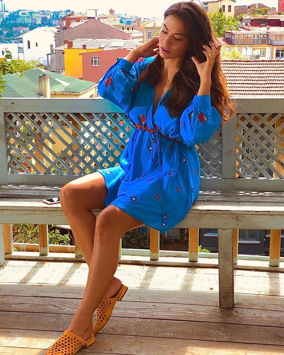 Zeyno and her summer outfits #DoğduğunEvKaderindir<br>http://pic.twitter.com/n4E6DbTDsi