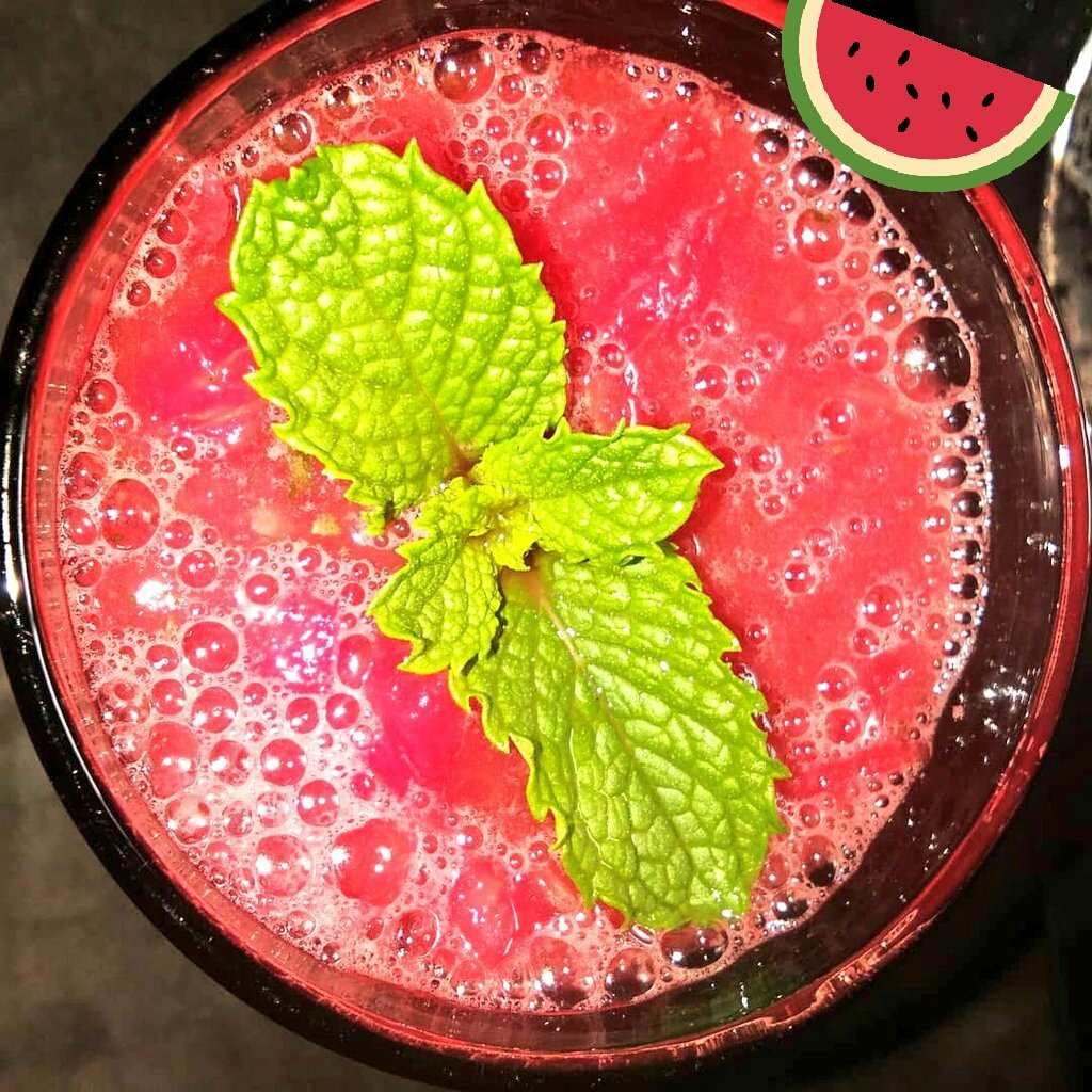 #summer delight water melon and mint juice pic.twitter.com/PFW8ly8ZWN