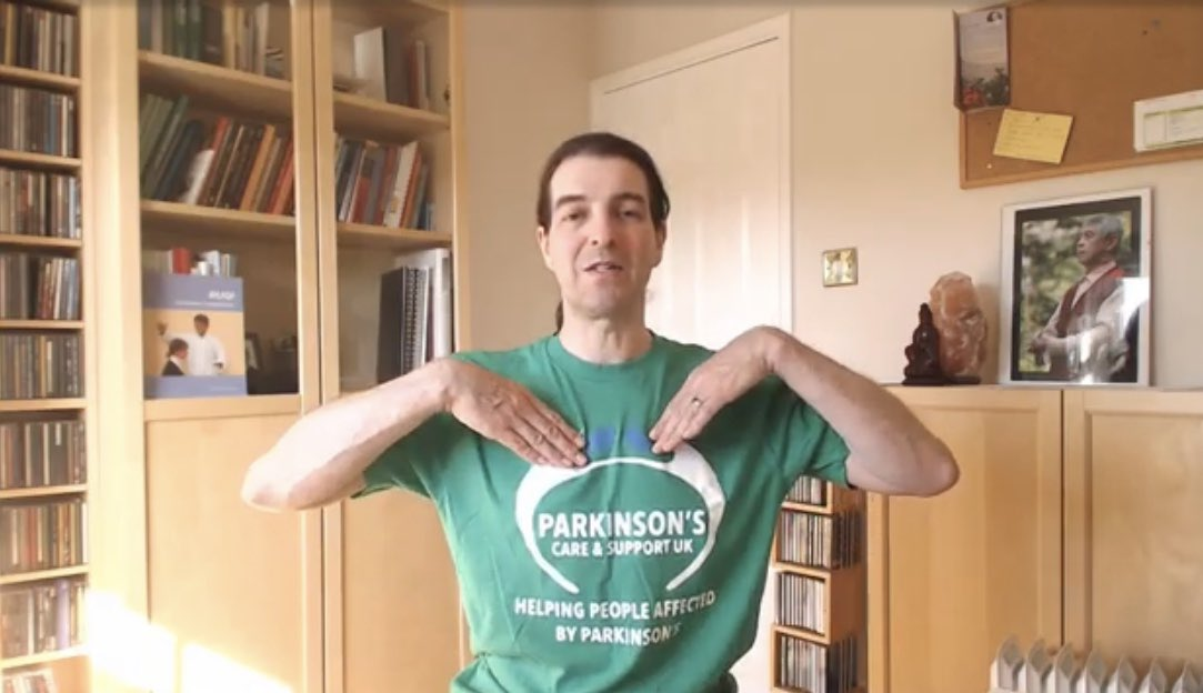 We offer FREE Sound Daoyin #Therapy!   #Parkinsons often affects speech, swallowing and facial expression. #Dysarthria (difficulty speaking) and #dysphagia (difficulty swallowing) can be helped by using speech and #soundtherapy.  https://m.youtube.com/watch?v=YxwTwQNU0yE…  #ThursdayMotivationpic.twitter.com/m6tbLyVwTu