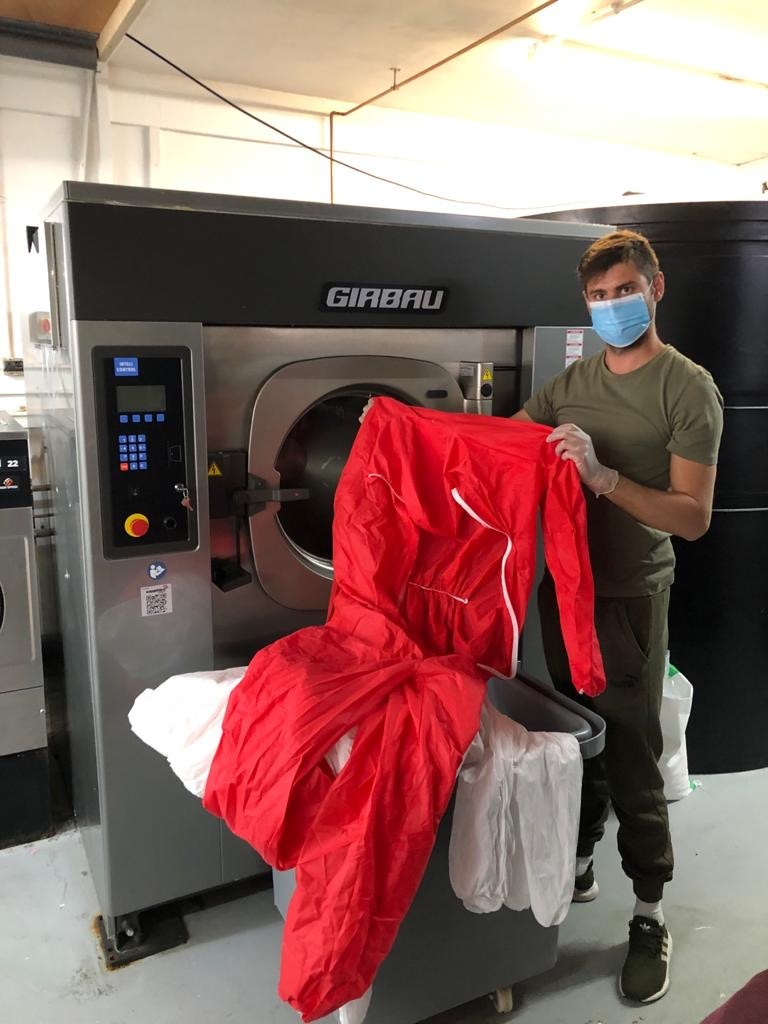 Huge thanks to @canveylaundry business who has stepped in to help us in the fight against #Covid19 by providing its services to #BasildonHospital free of charge. orlo.uk/Read_the_full_…