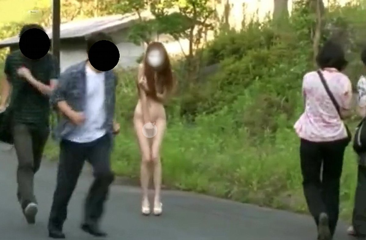 投稿画像動画共有サイトより この女装子さん通報されるよね 早めに出勤してラーメン食べる ではバイト行ってきま~すLGBTに理解の無い方、表示するにして見ないでねpic.twitter.com/iNFZYSdIgx