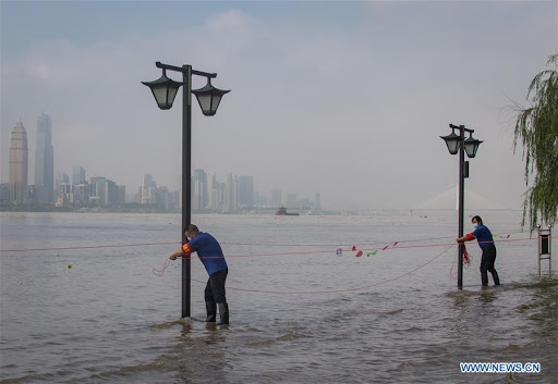 Central Chinas #Hubei Province upgraded its flood control and emergency response level to Level II on Thursday due to continuous heavy rainfall and high water levels of the region's reservoirs and rivers.
