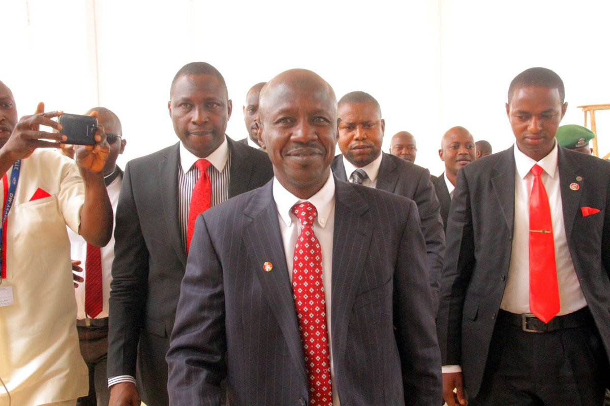 ISSUES   Magu and the Abuja Power Game - By Segun Adeniyi [@Olusegunverdict] https://t.co/50PdZ264Uz via @thesignalng https://t.co/6q2CnsXGZ8