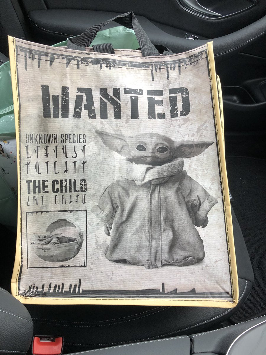 Another day another purchase.... just wanted the bag really  #TheChild #TheMandalorian <br>http://pic.twitter.com/HpasWDE218