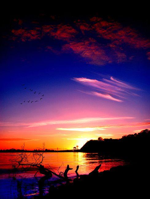 Good evening friends #photos #evening #sunset pic.twitter.com/BbSuT0QIMv