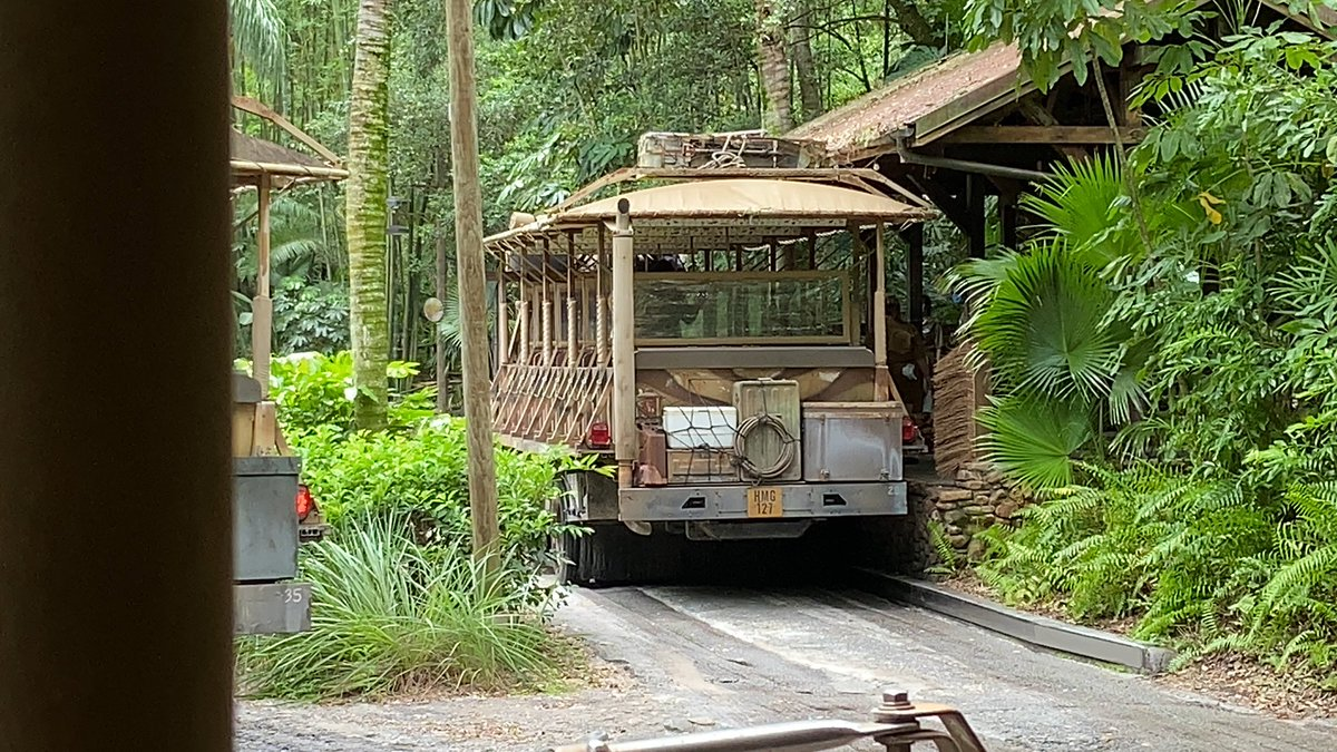 For Kilimanjaro Safari, they are sanitizing between each ride. So you will sit there a bit before they move forward for you to unload.<br>http://pic.twitter.com/qilN79QRmi – à Kilimanjaro Safaris