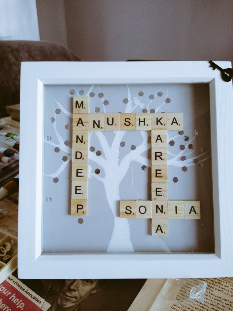 Another commission!   Please DM for more information!  #personalised #personalisedgifts #SmallBusiness #art #craft #scrabble #unique #family #familytree https://t.co/RCbH3TlviT