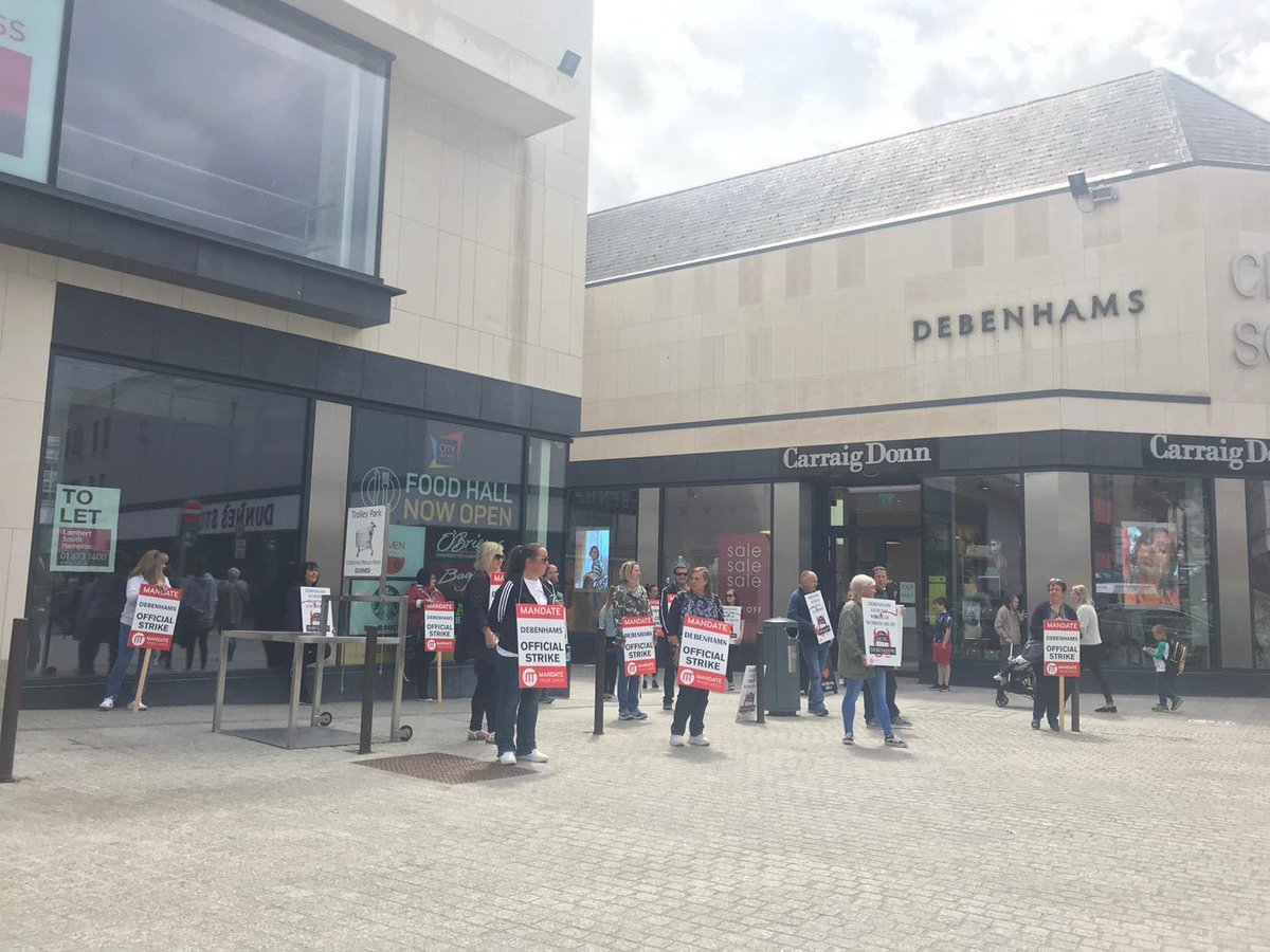 📢Debenhams is trying to collect stock from the stores in Ireland to sell off in the UK. To pay off workers? No! To pay off banks & creditors!  📢@MandateTU & workers are fighting to block the removal of the stocks and to get the redundancy pay they are entitled to! ✊ Solidarity https://t.co/6rEu6lIDpt